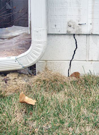 foundation wall cracks due to street creep in Watsonville