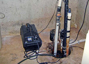 Pedestal sump pump system installed in a home in Daly City